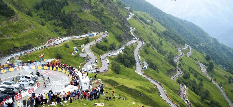 Das Pyrenäen-Panorama der letzten Bergetappe der Frankreich-Rundfahrt 2012 (Foto: letour.fr)