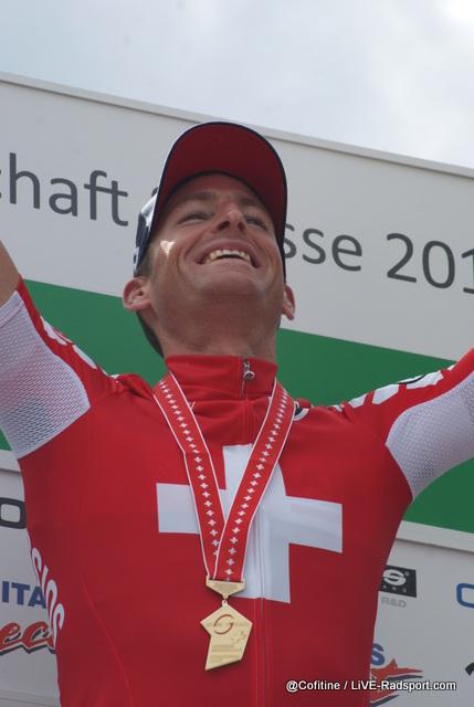 Martin Elmiger kann kaum fassen dass er erneut Schweizer Meister geworden ist