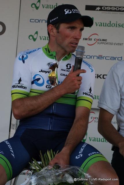 auch Michael Albasini steht bei der Pressekonferenz Rede und Antwort