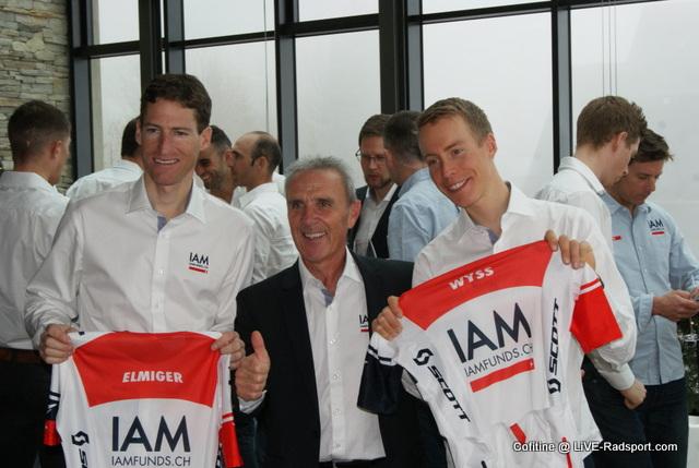 Sportdirektor Marcello Albasini mit seinen Schützlingen Martin Elmiger und Marcel Wyss