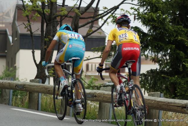 Alberto Contador und Janez Brajkovic beim Critérium du Dauphiné 2010 auf dem Weg nach Alpe d'Huez
