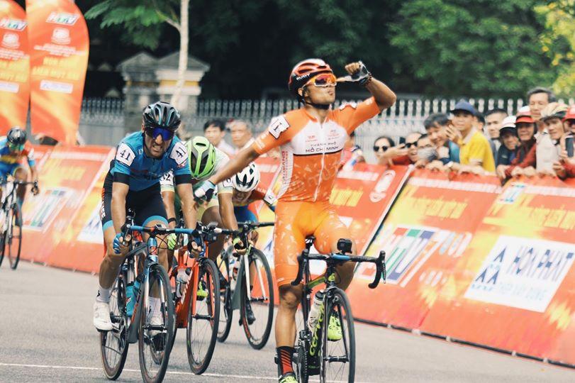 Tag vier des HTV Cup bringt den ersten Jubel von Topsprinter Le Nguyet Minh (Foto: facebook.com/htvthethao)