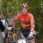 Etappensieger Bart Brentjens, hinter ihm der Slowene Jure Robic (Foto: crocodile-trophy.com)