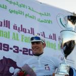 Tour of Libya - Chris Opie mit dem Siegerpokal des Grand Prix of Al Fatah (© Bennet G. Wright)