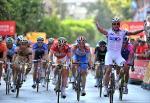 Yauheni Hutarovich gewinnt die 2. Etappe der Vuelta a España im Massensprint (Foto: Veranstalter)