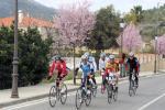 Gruppe Andi bei der Dorfeinfahrt in Parcent