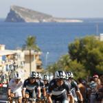 Leopard Trek gewinnt 1. Etappe der Vuelta, Fuglsang im Roten Trikot