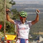Joaquin Rodriguez im Roten Trikot nach weiterem Sieg an einer steilen Vuelta-Rampe