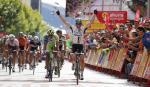 Der Schweizer Michael Albasini gewinnt die 13. Etappe der Vuelta a España im Sprint einer großen Ausreißergruppe