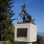 Statue an den Radrennfahrer
