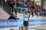 Tom Boonen feiert nach einer 53 Kilometer langen Alleinfahrt seinen vierten Sieg bei Paris-Roubaix (Foto: letour.fr)