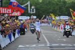 Der 22-jährige Thibau Pinot gewinnt im Schweizerischen Porrentruy die 8. Etappe der Tour de France 2012 (Foto: letour.fr)