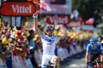 Pierrick Fédrigo setzt sich am Ende der 15. Etappe der Tour de France 2012 gegen Christian Vande Velde durch (Foto: letour.fr)
