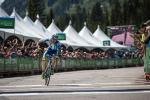 Leo König im Ziel bei der Königsetappe der Tour of Utah (Foto: @BrakeThroughMedia/Team NetApp)