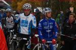 Radquer Frenkendorf - die beiden Konkurrenten Simon Zahner und Francis Mourey vorm Start