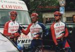 Philippe Gaumont (links) mit seinen Teamkollegen Cedric Vasseur und Jo Planckaert beim Rennen Rund um den Henninger Turm 2002