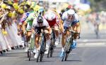 Kittel sprintet vor Cavendish zu seinem 3. Etappensieg, Greipel von Sturz aufgehalten