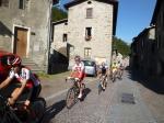 Durchfahrt im Dorf Uzza kurz nach Bormio