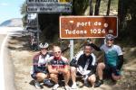 """Die """"Bergpreisgewinner"""" der Königsetappe beim Erinnerungsfoto auf dem Puerto Tudons"""