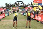 Kristian Hynek und Robert Mennen von Topeak-Ergon Racing sind die Gesamtsieger von Cape Epic 2014 (Foto: Shaun Roy/Cape Epic/SPORTZPICS)