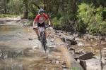Cory Wallace fährt einen 2-minütigen Vorsprung heraus und hält ihn bis in´s Ziel: Etappensieg in Atherton. (Foto: Kenneth Lorentsen)