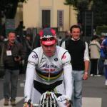 ... im Weltmeistertrikot beim Giro di Lombardia 2009