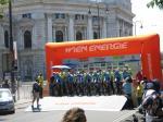 das Wiener Burgtheater bietet eine traumhafte Kulisse für das Mannschaftszeitfahren zum Auftakt der Österreich-Rundfahrt