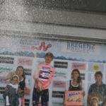 und Stefan Denifl darf als bester Österreicher mit Champagner spritzen