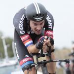 Dumoulins erwarteter Zeitfahrsieg macht ihn wieder zum Vuelta-Ersten – doch Aru liegt in Lauerstellung