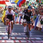 Roche schlägt Zubeldia auf 18. Etappe – Favoriten trotz zahlreicher Angriffe gemeinsam im Ziel