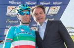 Vincenzo Nibali mit Franz Theurl (Foto: Expa Pictures)