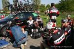das Rad-Net Rose Team entspannt vor dem Start des Rennens