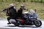 Ö-Tour: harter Job für Kameraleute auf ihren Motorrädern (Foto: Mario Stiehl)
