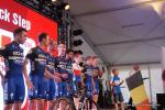 Team Etixx-Quickstep bei der Teampräsentation am Vorabend der Tour de Suisse
