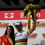 Tom Boonen im Weltmeister-Trikot bei der Tour de Suisse 2006