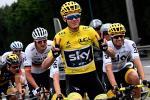 Chris Froome feiert seinen vierten Gesamtsieg bei der Tour de France (Foto: Twitter @TeamSky)