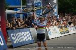 Nino Schurter hat im August den MTB-Weltcup gewonnen nachdem er in dieser Saison bei allen Weltcuprennen siegreich war