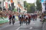 Mit bloßem Auge kaum zu erkennen: Alvaro Hodeg gewinnt die 1. Etappe der Deutschland Tour vor Pascal Ackermann