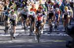 Caleb Ewan schreit die Freude über seinen insgesamt vierten Tour-de-France-Etappensieg heraus (Foto: twitter.com/Lotto_Soudal)