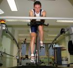 Robert Bartko beim Spezialtraining auf dem Laufband im Olympiastützpunkt