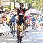 Valverde sprintet der Konkurrenz davon und dem Führungstrikot entgegen (Foto: Veranstalter)
