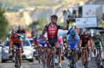 Greg Van Avermaet siegt im Sprint der Spitzengruppe auf der 9. Etappe der Vuelta (Foto: www.lavuelta.com)