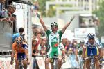 Sébastien Hinault bejubelt ausgelassen den wichtigsten Sieg seiner Karriere auf der 10. Etappe der Vuelta (Foto: www.lavuelta.com)